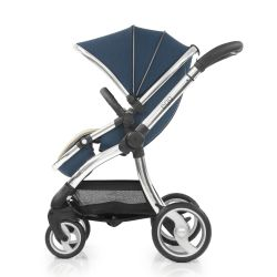 egg® Stroller in Deep Navy blue forward facing